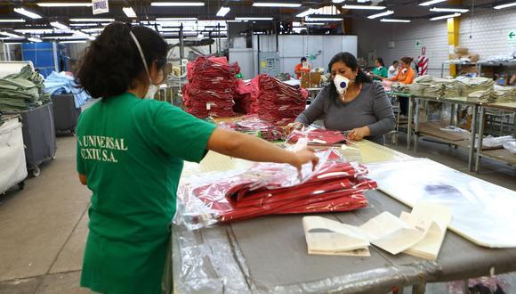 """La """"prima textil"""" se reguló en el año 1944 mediante diversos decretos supremos, cuyos alcances correspondían específicamente a los trabajadores obreros. (Foto: GEC)"""