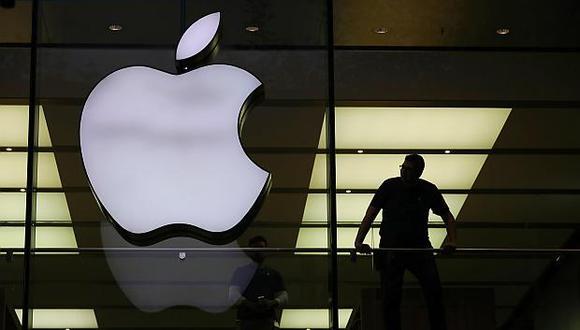 Apple se convirtió en la primera empresa estadounidense en valer más de un billón de dólares. (Foto: EFE)<br>