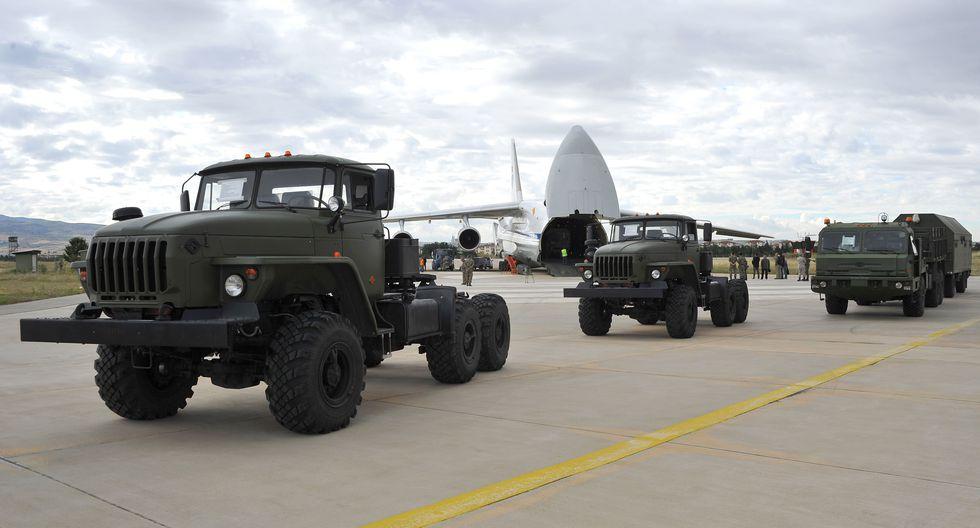 Estados Unidos considera que la compra de este sistema pone en peligro los secretos tecnológicos del F-35, un avión caza estadounidense. (AFP).