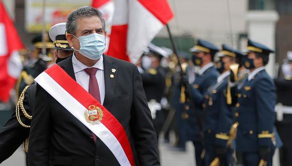 Manuel Merino es fotografiado luego de ser juramentado como presidente en Lima, el 10 de noviembre de 2020. (AFP / Luka GONZALES).