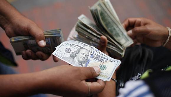 Intervenciones del BCR han evitado que dólar llegue a S/.3,25 - 1