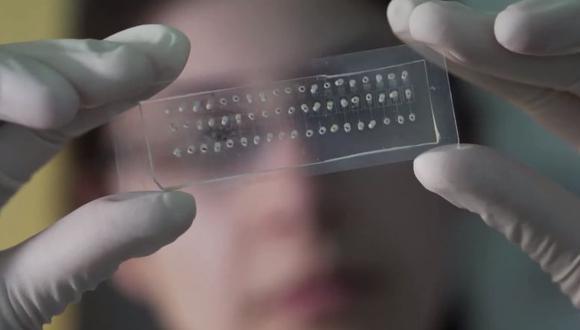 Cómo funciona el novedoso método israelí que puede descartar de coronavirus a 64 personas en una sola prueba (Foto: Captura de video)