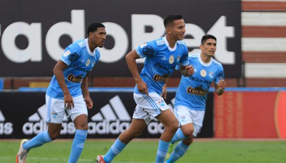 Sporting Cristal goleó 5-2 a Alianza Atlético por la fecha 10 de la Liga 1 en el Estadio Miguel Grau del Callao y no le pierde el paso a Alianza Lima, quien es el único puntero de la Fase 2.