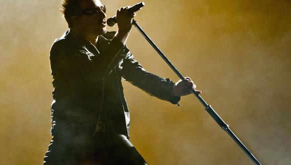 Bono de la banda U2.