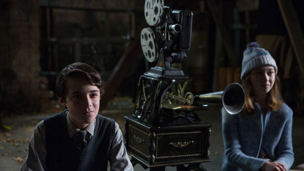 Siniestro (Sinister), una cinta de 2012 dirigida por Scott Derrickson y protagonizada por Ethan Hawke ocupa el puesto número uno.