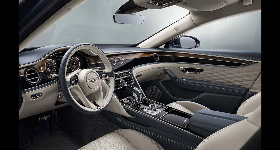 El nuevo Bentley Flying Spur renueva completamente su imagen. Llega equipado de un motor W12 de 635 HP.