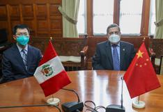 """Ernesto Bustamante: """"No tengo una posición en contra de China, mis comentarios fueron solo sobre la vacuna Sinopharm"""""""