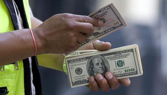 El tipo de cambio abrió a la baja el viernes. (Foto: USI)