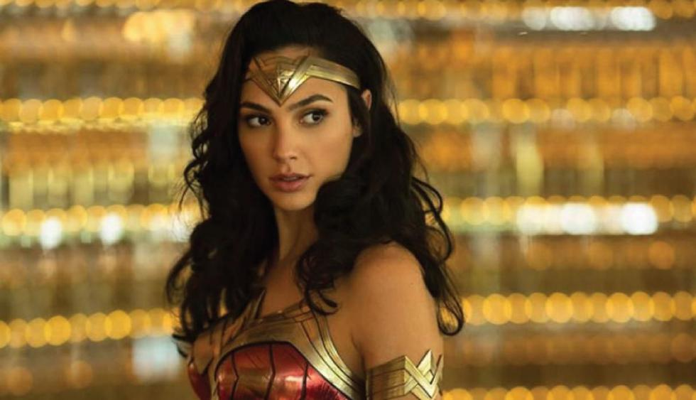 """Gal Gadot confirma en Twitter que el estreno de """"Wonder Woman 1984"""" se retrasa siete meses. (Foto: Warner Bros.)"""