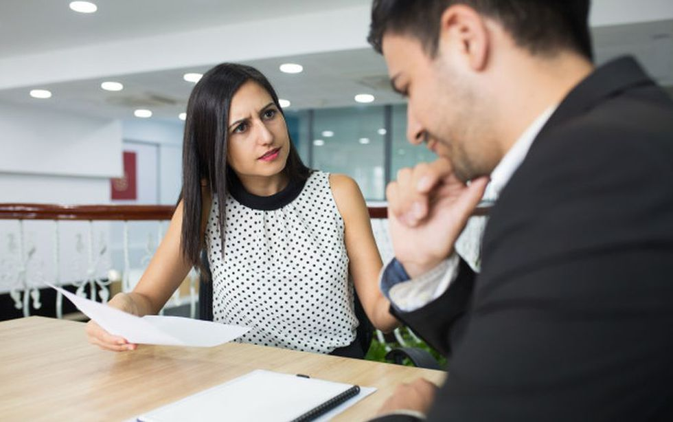 Jamás trates de discutir con este empleado, será imposible que pierda. (Foto: Freepik)