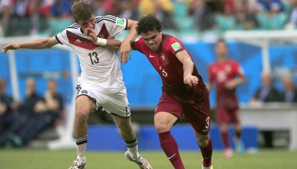 ¡Una más de Pepe! Fue expulsado por agresión a Müller