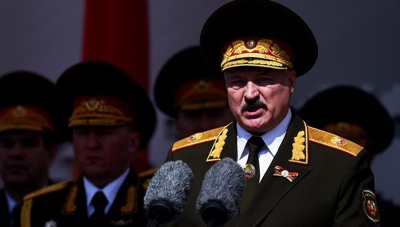 El presidente de Bielorrusia, Alexander Lukashenko, está en la mira de cuatro abogados alemanes por torturas y las detenciones masivas ante las protestas del años pasado.  (Foto de archivo: AFP/ Sergei Gapon)