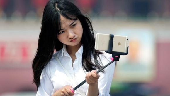 Especialistas analizan el lado psicológico de los selfies