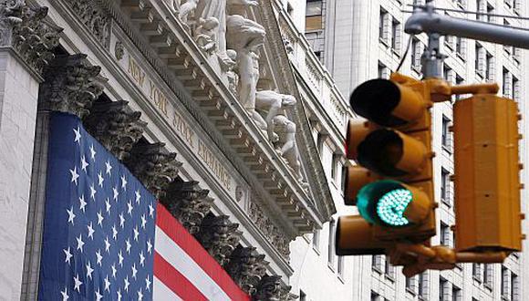 Bonos del Tesoro de EE.UU. al alza por sector servicios