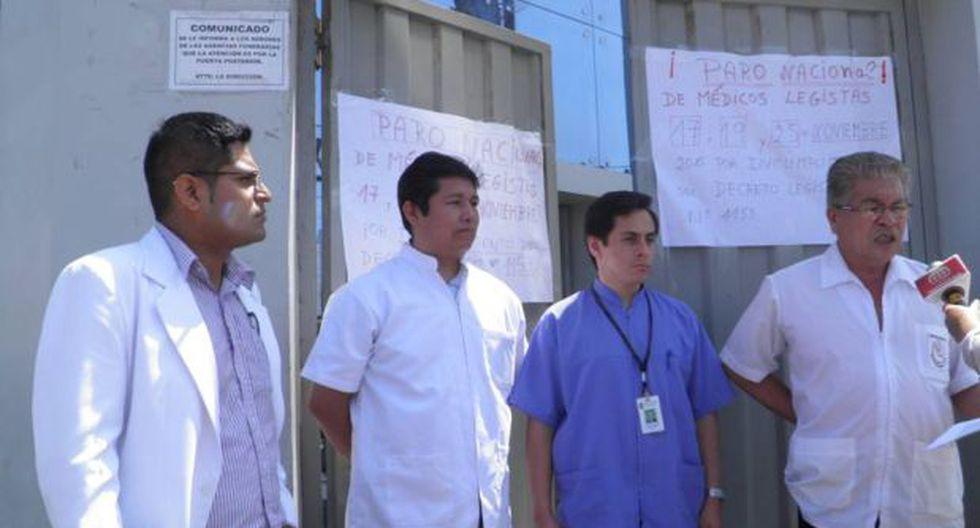 Chimbote: médicos legistas hicieron plantón en paro de 24 horas