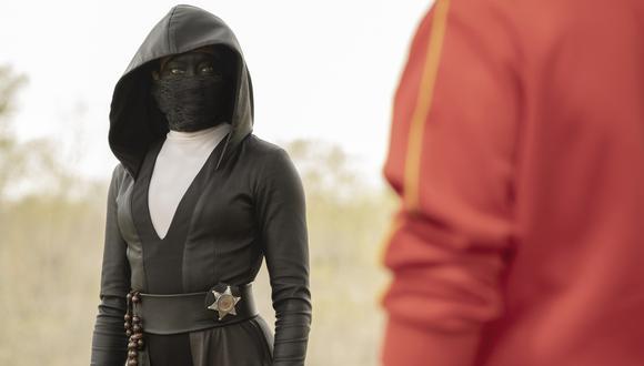 """""""Watchmen"""". Regina King es Angela Abar, policía encubierta en la convulsionada ciudad de Tulsa. Foto: HBO."""