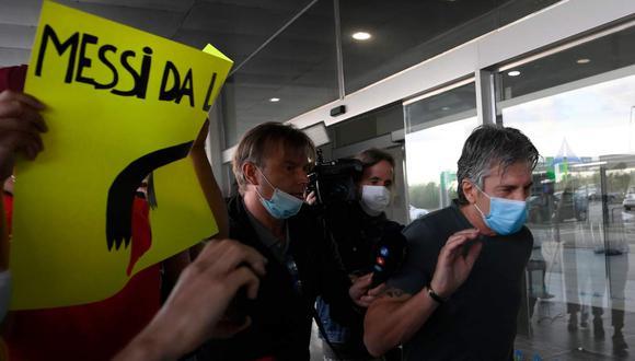El padre de Lionel Messi llegó a Barcelona para reunirse con el presidente azulgrana, Josep Maria Bartomeu. (Foto: AFP)