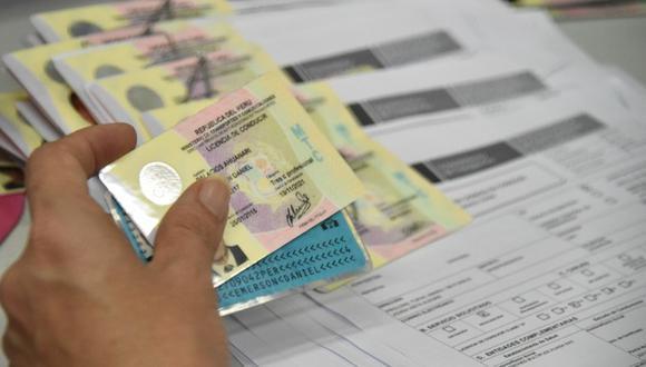 Por ahora solo podrán recoger los brevetes en las sedes de Lince y Orrego, en el Centro de Lima, los que pasaron los requisitos previos para tramitar, revalidar o sacar duplicado. (Foto: GEC)