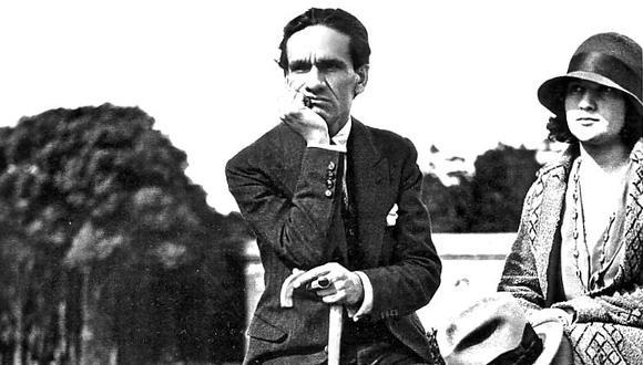 César Vallejo, el poeta universal, al lado de su esposa Georgette.