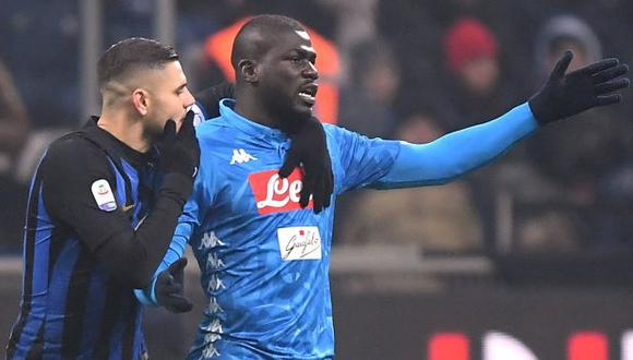 Kalidou Koulibaly y Mauro Icardi en el Inter vs. Napoli. (Foto: Reuters)