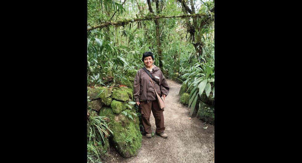 Carmen Soto en su hábitat natural y favorito. Inkaterra, Aguascalientes.