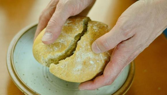 El pan blanco tiene un bajo valor nutricional. Puedes reemplazarlo por un huevo duro, queso con choclo o un camote al horno. (Foto: Pixabay)