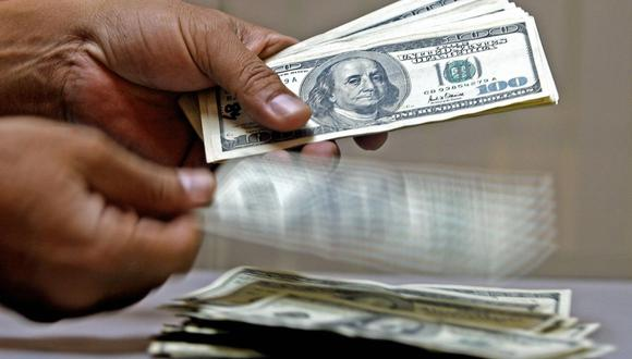 Dólares. (Foto: Luis Acosta / AFP)