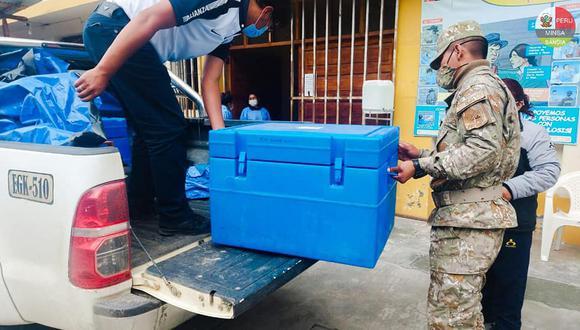 Para ello se destinaron 164 dosis que fueron trasladadas bajo fuertes medidas de seguridad. (Foto: Red salud Sandia)