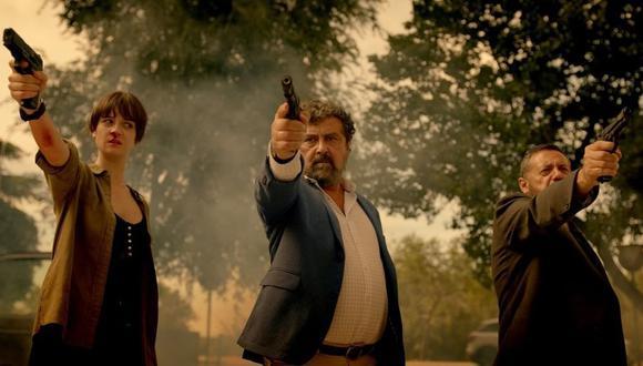 """Amaia Sagasti, Paco Tous y Pepón Nieto en una escena del primer episodio de """"Los hombres de Paco""""."""