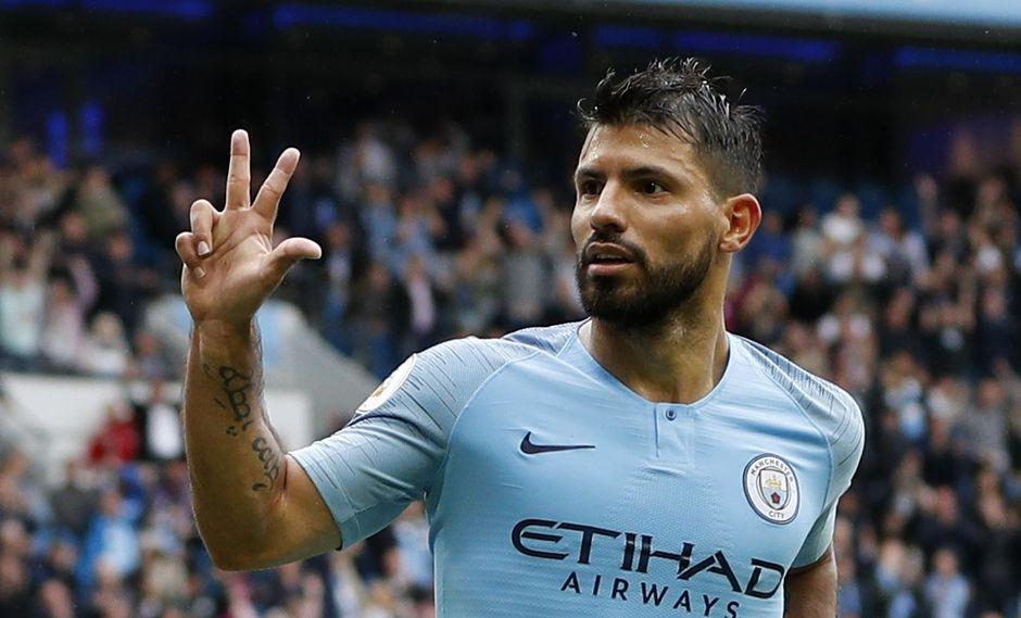 Sergio Agüero inició su camino goleador con el Manchester City en la temporada 2018-19. Ante el Huddersfield marcó por partida triple. (Foto: AP)