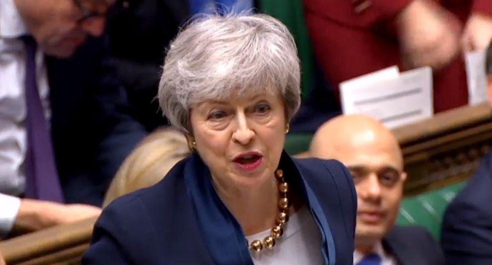 La primera ministra británica, Theresa May, viaja este martes a Berlín y a París, la víspera de una cumbre crucial el miércoles en Bruselas, donde abogará por una prórroga del Brexit. (Foto: EFE)