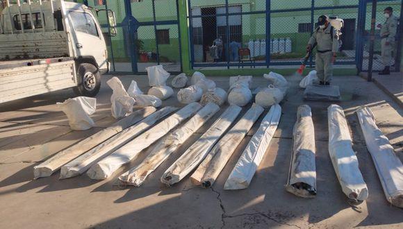 Comando COVID de la región sur envía carpas y camas al Penal de Arequipa para ambiente aislado. (Foto: INPE)
