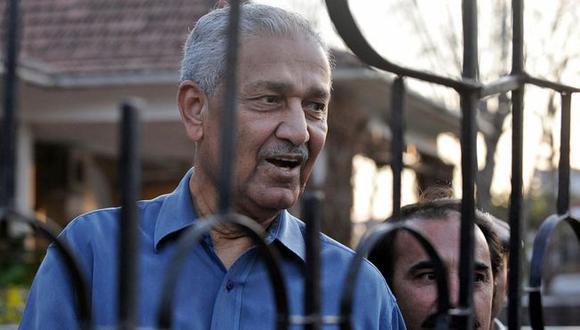 La carrera de AQ Khan como contrabandista internacional de tecnología nuclear terminó en el 2004, cuando fue sentenciado a arresto domiciliario.