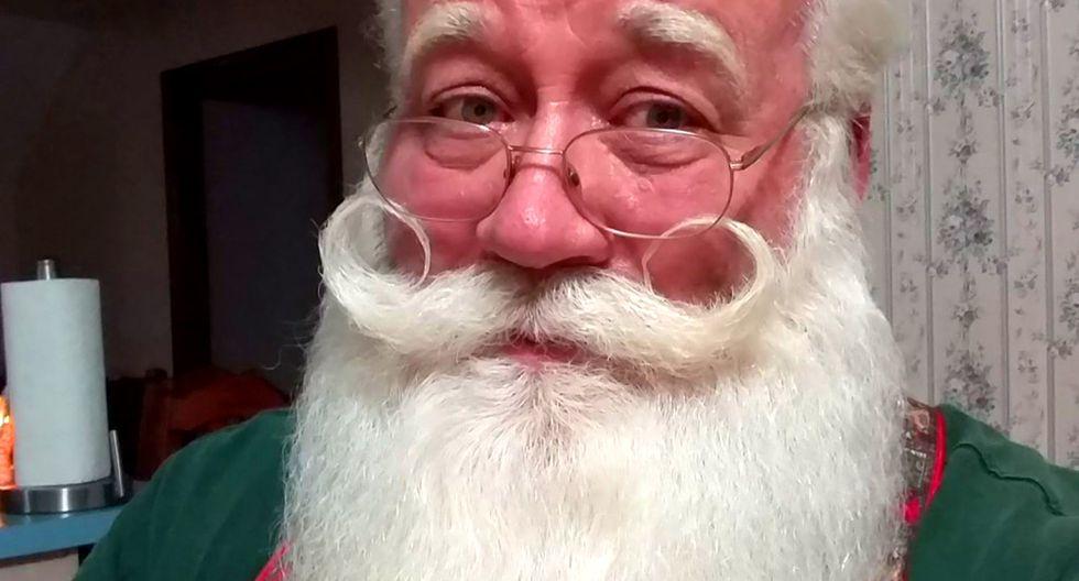 """Eric Schmitt hace de """"Santa"""" más de 80 veces al año. Ir a visitar al pequeño, era un acto noble y que le cambiaría la vida. (Foto: Difusión)"""