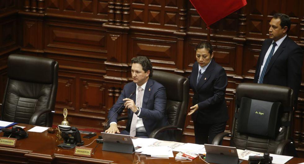 El titular del Congreso, Daniel Salaverry, aceptó el pedido de la presidenta de la Comisión de Constitución, Rosa Bartra. (Foto: GEC)