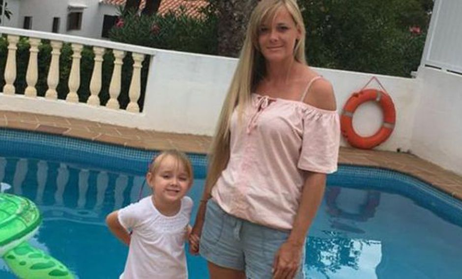 Kaitlyn Wright | Cómo una niña de 4 años salvó la vida de su madre con una llamada. (BBC Mundo)