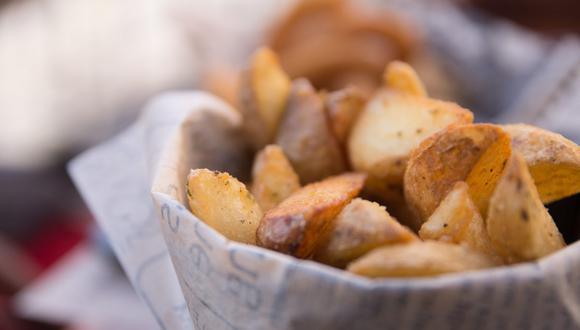 Las papas fritas quedarán muy crocantes si también realizas una doble cocción. (Foto: Georgiana Mirela / Pexels)