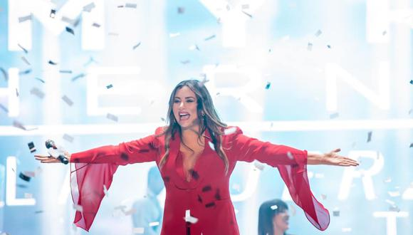 En el 2015, la cantante ingresó al Pabellón de la Fama de los Compositores Latinos en Miami.