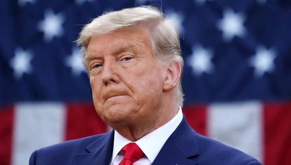 """El presidente de los Estados Unidos, Donald Trump, observa después de presentar una actualización sobre la """"Operación Warp Speed"""" en el Rose Garden de la Casa Blanca en Washington. (Foto de MANDEL NGAN / AFP / Archivo)"""