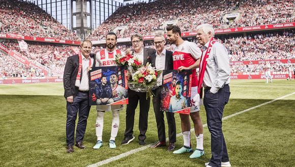 Claudio Pizarro fue homenajeado por Colonia en la Bundesliga. (Foto: Colonia)