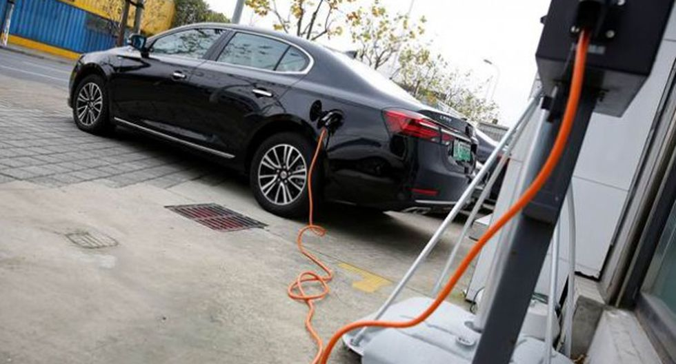 El Ministerio de Energía y Minas detalló que desde el Ejecutivo se viene trabajando en un marco regulatorio para promover el ingreso y uso de vehículos eléctricos en el país. Aseguró que ya hacen coordinaciones para la elaboración de la nueva norma. (Reuters)