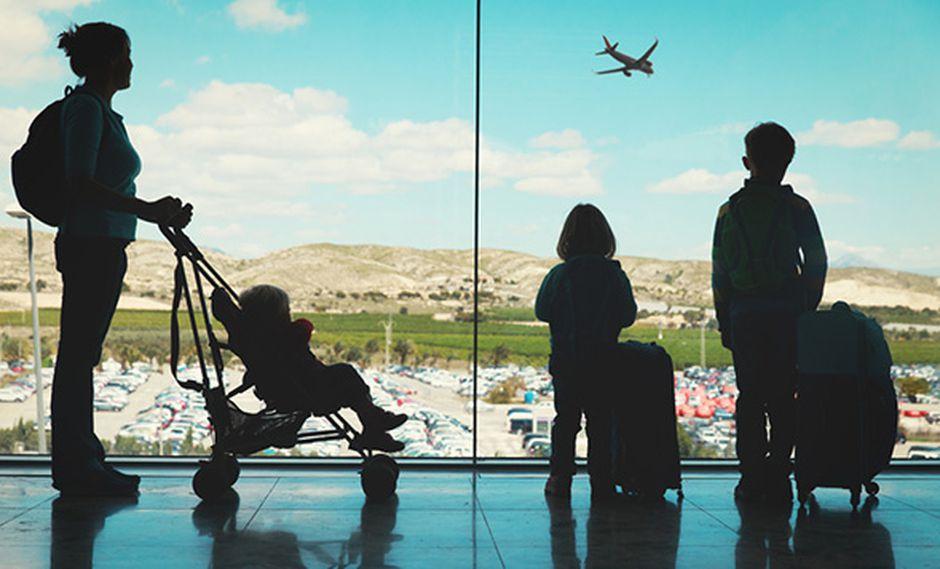 Los viajes fortalecen los vínculos entre los miembros de la familia. (Foto: Shutterstock)