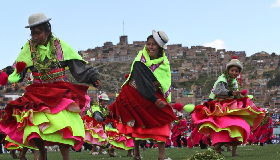 Puno (2 al 11 de febrero). La Fiesta de la Virgen de la Candelaria es la más grande del país en homenaje a la patrona de Puno y se celebra con misas, danzas folclóricas, pasacalles, entre otros. (Foto: El Comercio)