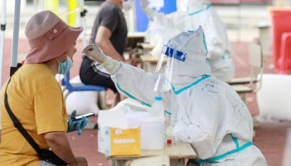 Coronavirus en China  Últimas noticias   Último minuto: reporte de infectados y muertos por COVID-19 hoy, jueves 05 de agosto del 2021. (Foto: STR / AFP) / China OUT).