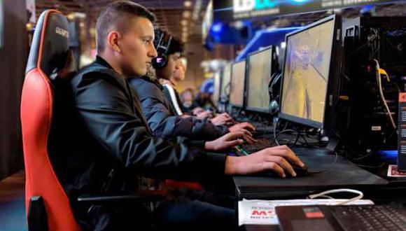 Los videojuegos son uno de los pasatiempos preferidos, sobre todo para los más jóvenes. (Foto: EFE)