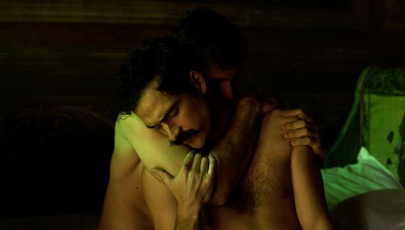 Alfonso Herrera (Ignacio de la Torre y Mier) y Emiliano Zurita (Evaristo Rivas) han tenido una química espeluznante en escena. Llegar a esa sincronía en acciones tan estridentes como estas es un verdadero reto cumplido. (Foto: Netflix)
