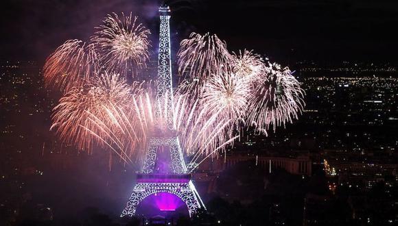 Cada 14 de julio muchos franceses desempolvan su bandera tricolor y salen a las calles para celebrar el que consideran el día más importante del año: la Toma de la Bastilla. (Getty Images).