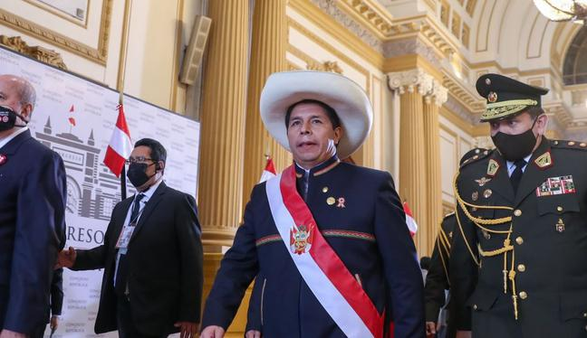 Se tenía previsto que el presidente Pedro Castillo tome juramento a su primer Gabinete este miércoles, pero la ceremonia fue reprogramada. (Foto: Presidencia)