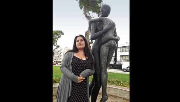 Valeria Román ganó, con solo 19 años, el Premio José Watanabe 2017. Es la poeta más joven que ha recibido este galardón.