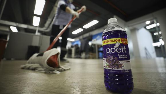 Según Indecopi, Clorox no habría adoptado, de manera inmediata, medidas para reducir los riesgos que presentaba el producto de la marca Poett. (Foto: Joel Alonzo / GEC)